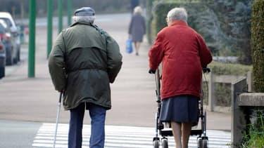 Photo d'illustration d'un couple de personnes âgées