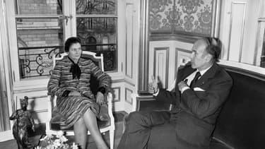 Simone Veil et Valéry Giscard d'Estaing à Paris, le 29 novembre 1974