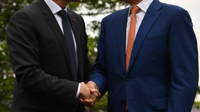 De gauche à droite, le président français Emmanuel Macron et le Premier ministre australien Malcolm Turnbull.