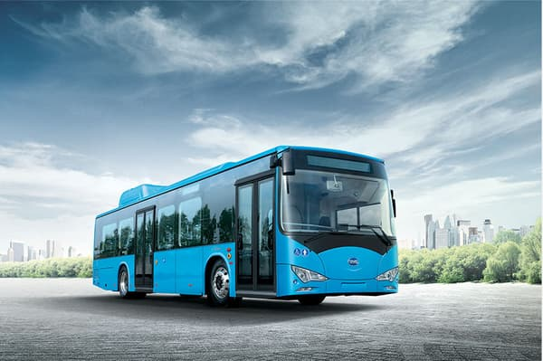 """BYD - Bus électrique """"standard"""" 12 mètres"""