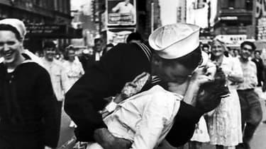 Le baiser volé, immortalisé par Alfred Eisenstaedt