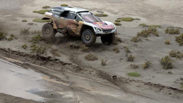 Sébastien Loeb a repris la tête quelques heures avant l'annulation de la 9e étape sur le Dakar 2017.