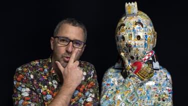 Le sculpteur Christophe Tixier, alias Peppone, et son buste inspiré de Tintin