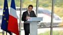 Nicolas Sarkozy a annoncé jeudi que l'Etat continuerait d'accompagner le développement de la grande vitesse en France et invité la filière ferroviaire à se restructurer pour gagner des parts de marché, après avoir inauguré un tronçon de 140 km de la ligne