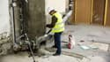 Une quarantaine d'ouvriers du chantier de rénovation sont en grève.
