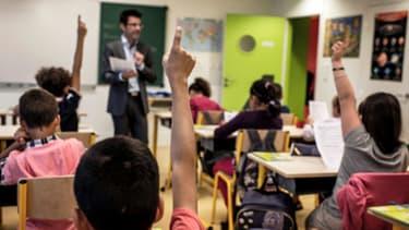 Moins de six instituteurs sur dix devraient faire classe jeudi, alors que le principal syndicat appelle à la grève pour un assouplissement de la réforme des rythmes scolaires.