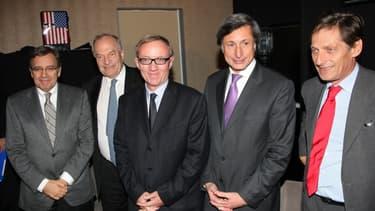 Les patrons de TF1, M6, France Télévisions et Canal Plus entourant le président du CSA Michel Boyon