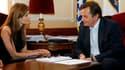 Angelina Jolie samedi en compagnie de Haris Silajdzic, l'un des membres de la présidence interethnique de Bosnie. A l'issue d'une visite surprise à Sarajevo, l'actrice américaine a déclaré qu'elle tournerait bientôt dans un film décrivant l'évolution d'un