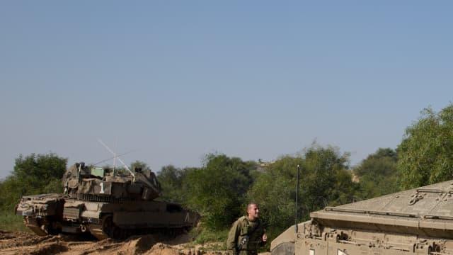 Des soldats israéliens postés le long de la frontière avec Gaza, le 13 javier 2016 (image d'illustration).