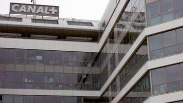La guerre continue entre Canal+ et TF1.