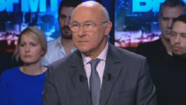 Michel Sapin était l'invité d'Apolline de Malherbe dans BFM Politique ce dimanche 1er décembre 2013.