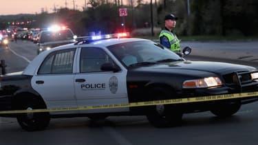 Cinq migrants ont perdu la vie dimanche dans un accident après une course poursuite avec la police