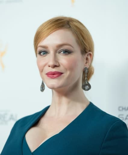 L'actrice Christina Hendricks, de la série Mad Men, arrive à la réception pour la 67e édition des Emmy Award à Beverly Hills le 19 septembre 2015