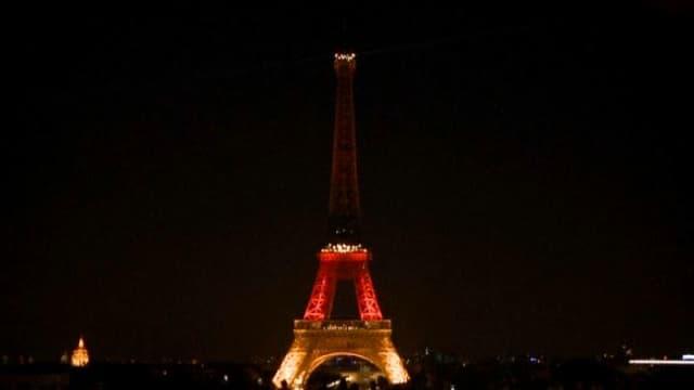 La Tour Eiffel aux couleurs de l'Allemagne après la fusillade de Munich