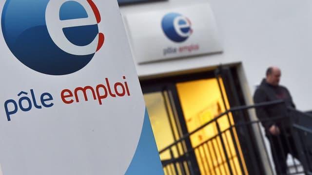 L'Unédic finance Pôle emploi à hauteur de 3,3 milliards d'euros en 2017, soit 59% du budget de ce dernier.