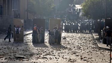 Des affrontements entre manifestants et forces de l'ordre à Beyrouth (Liban), le samedi 8 août.