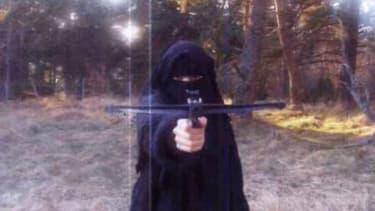 Hayat Boumeddienne, sur une photo vraisemblablement prise en 2010.