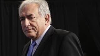 """Candidat possible à l'élection présidentielle de 2012, Dominique Strauss-Kahn a décidé d'assigner le journal France Soir en justice """"à la suite de la publication de fausses informations relatives à son train de vie"""", ont dit ses avocats. /Photo prise le 1"""