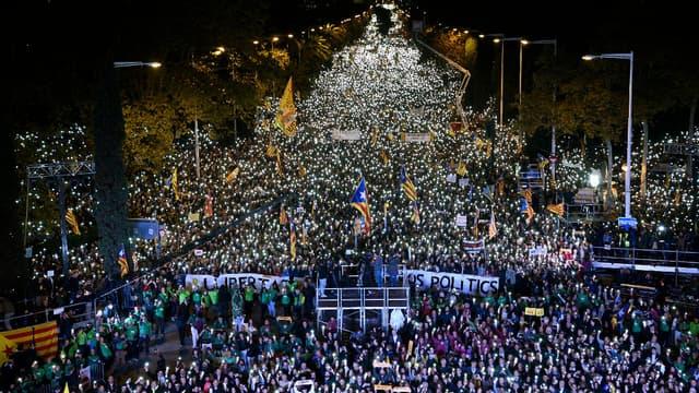 Une manifestation de pro-indépendantistes de la Catalogne à Barcelone le 11 novembre 2017.