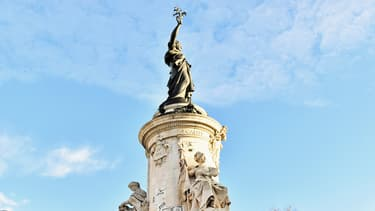 La statue de la place de la République, à Paris.