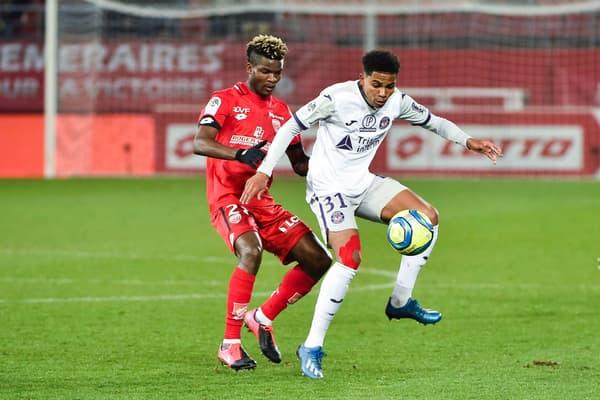 Amine Adli en Ligue 1 contre Dijon