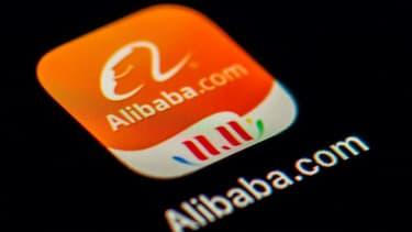 L'administration américaine examine la possibilité d'interdire aux Américains d'investir dans les géants chinois Alibaba et Tencent