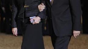 Lors d'une réception à l'Elysée lors de la visite du président chinois Hu Jintao. Le nouveau gouvernement, fait unique dans l'histoire politique française, comprend un couple dans la vie civile, Michèle Alliot-Marie, aux Affaires étrangères, et Patrick Ol