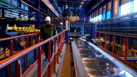ArcelorMittal maintient à l'arrêt des installations à Dunkerque et Florange