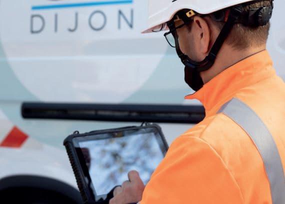 Grâce au poste de commandement centralisé, inauguré en avril 2019, la métropole de Dijon veut rendre plus efficaces les interventions des agents de la collectivité sur la voirie.
