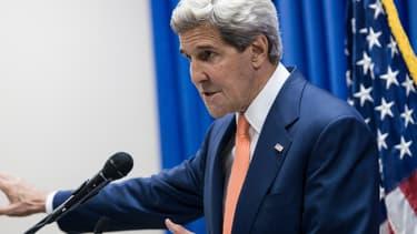 John Kerry s'exprime à l'ambassade américaine à Bagdad, le 23 juin 2014.