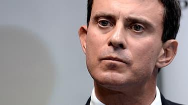 Sur la défensive, Manuel Valls a ordonné une enquête admnistrative sur les circonstances de l'expulsion de Leonarda.
