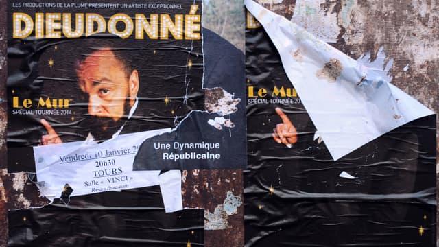 Le bail que Dieudonné avait signé pour des locaux en Seine-Saint-Denis où il devait jouer son spectacle a été annulé par le propriétaire des lieux.