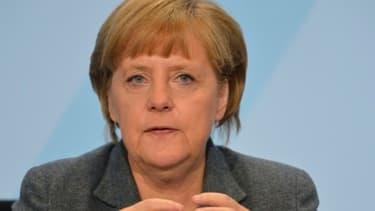 Angela Merkel met en parallèle la part de la population mondiale représentée par les Européens et la part de dépenses sociales mondiales versées en Europe