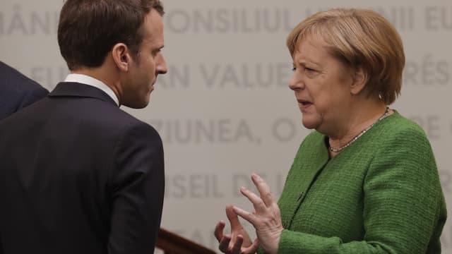 Emmanuel Macron et la chancelière allemande Angela Merkel au Sommet informel européen de Sibiu en Roumaine le 9 mai 2019.