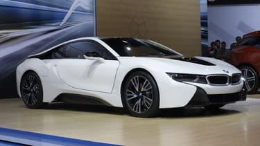 BMW cartonne avec sa sportive hybride rechargeable lancée cet été, la i8.