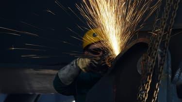 Les ministres européens accusent la Chine de produire trop d'acier et de le vendre à perte.
