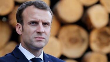 """Le président assure la mobilisation des services consulaires pur """"les Français présents dans la zone"""" du séisme."""