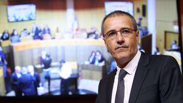 Jean-Guy Talamoni fraîchement élu président de l'Assemblée corse, le 17 décembre 2015.
