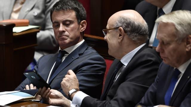 Manuel Valls et Jean-Marie Le Guen à l'Assemblée