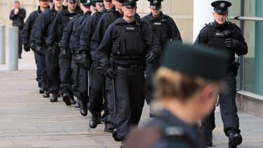 Agents de police d'Irlande du Nord, ici à Belfast le 6 septembre 2011 (photo d'illustration).