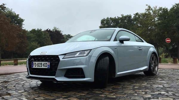 Look sportif, mais usage au quotidien, l'Audi TT et ses 4,19 mètres de long se faufile parfaitement dans la circulation urbaine. Même si sa destination rêvée, ce sont les petites routes de campagne.