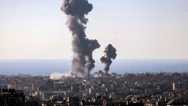 La ville de Rafah dans la bande de Gaza après une frappe israélienne, le 13 mai 2021