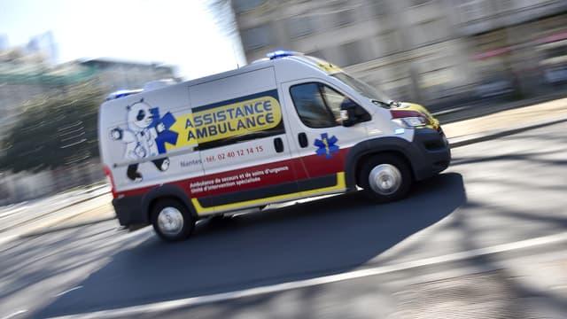 Une ambulance à Nantes. (photo d'illustration)