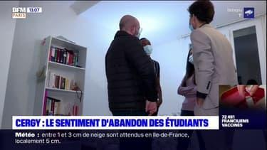 Coronavirus: à Cergy-Pontoise, les étudiants se sentent abandonnés par le gouvernement