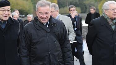 Luigi Ventura à Lourdes en novembre 2012. - REMY GABALDA / AFP
