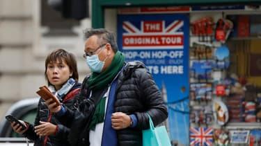 De nouvelles mesures contre le coronavirus vont être prises en Grande-Bretagne.