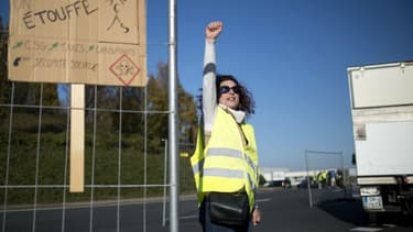 "Une manifestante ""gilets jaunes"" le 18 novembre (PHOTO D'ILLUSTRATION)"