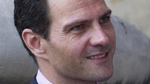 De nouvelles auditions de police ont été menées cet été en marge du dossier concernant l'ex-trader de la Société générale Jérôme Kerviel, où un arrêt en appel doit être rendu le 24 octobre. /Photo prise le 28 juin 2012/REUTERS/Gonzalo Fuentes