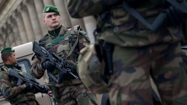 """Bruno Le Roux a annoncé ce mercredi une protection """"renforcée"""" sur le territoire, pour la période des fêtes de fin d'année. (Photo d'illustration)"""