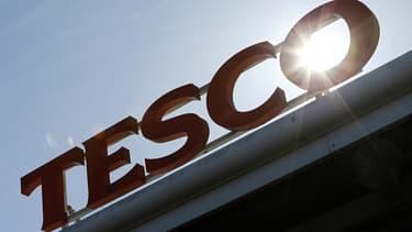 Le numéro un britannique des supermarchés a été touché l'an dernier par un scandale comptable qui l'avait conduit à publier des bénéfices surestimés.